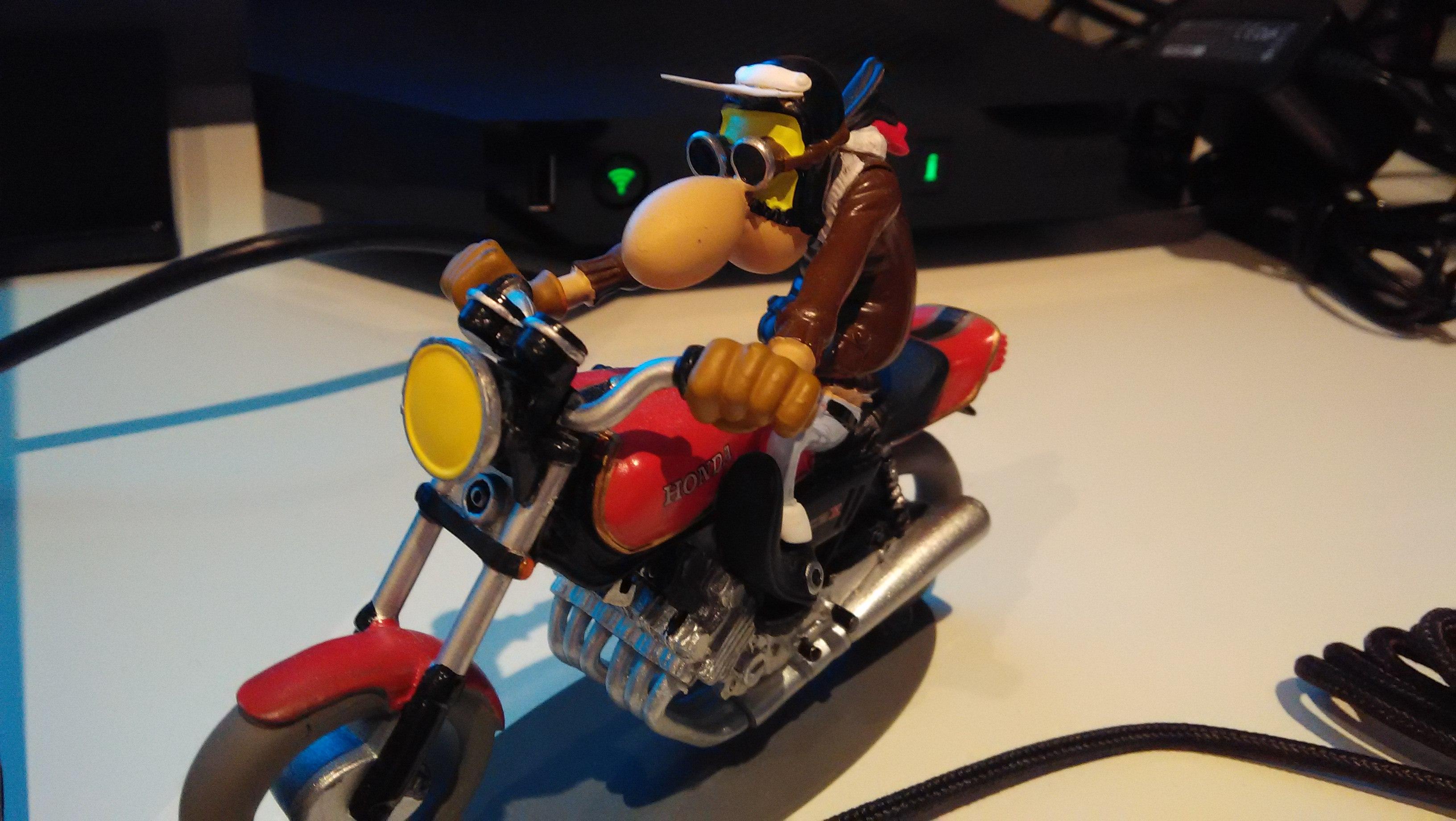 Échantillon photo : figurine de motard.
