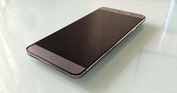 1elephone p7000