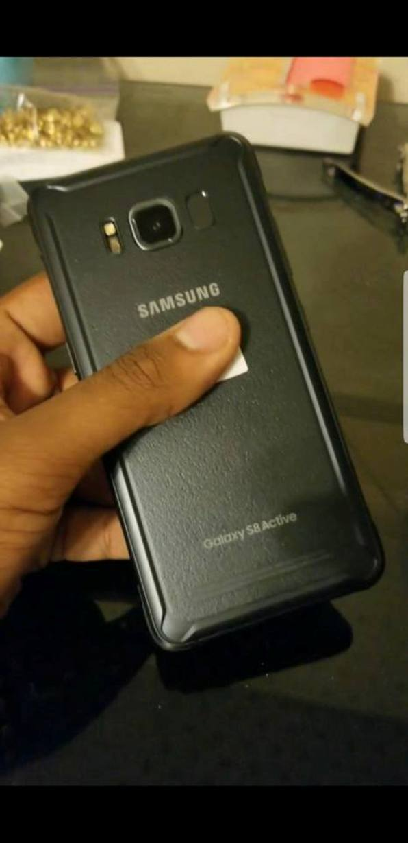 1samsung galaxy s8 active-5