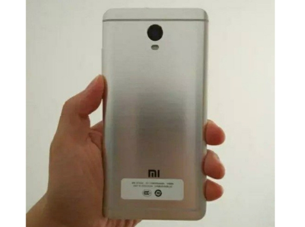 1xiaomi-redmi-note-4x-3