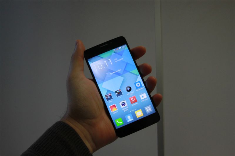 Test de l'Alcatel One Touch Idol X : un  »X-ellent » téléphone