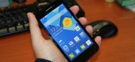 Test de l'Alcatel One Touch Pop 2 : étonnament généreux