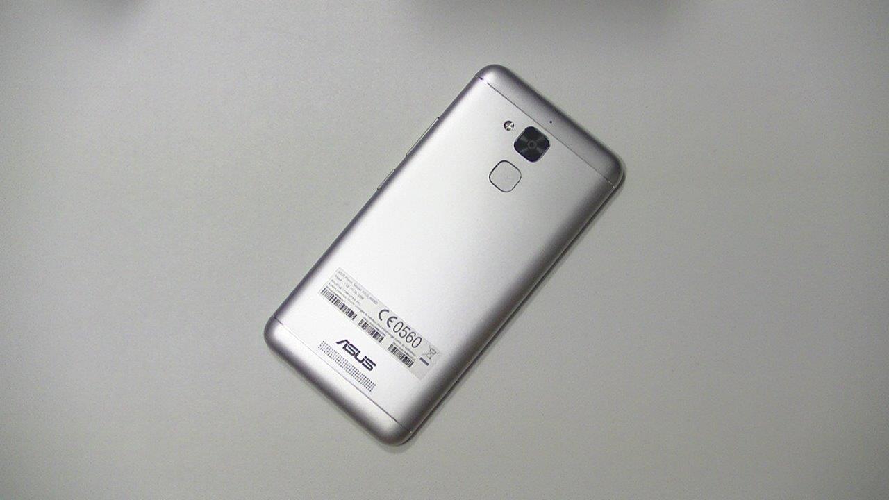 test de l asus zenfone 3 max zc520tl grosse batterie bon prix top for phone. Black Bedroom Furniture Sets. Home Design Ideas