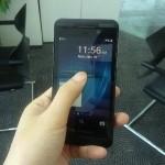 BlackBerry 10 L-series - photos - 01