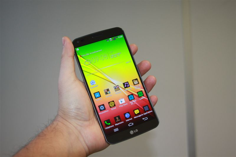 Test du LG G Flex : banane high-tech !