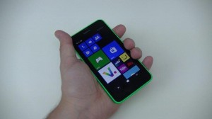 Nokia Lumia 635 - vue 02