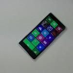 Nokia Lumia 830 - vue 02