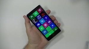 Nokia Lumia 830 - vue 06