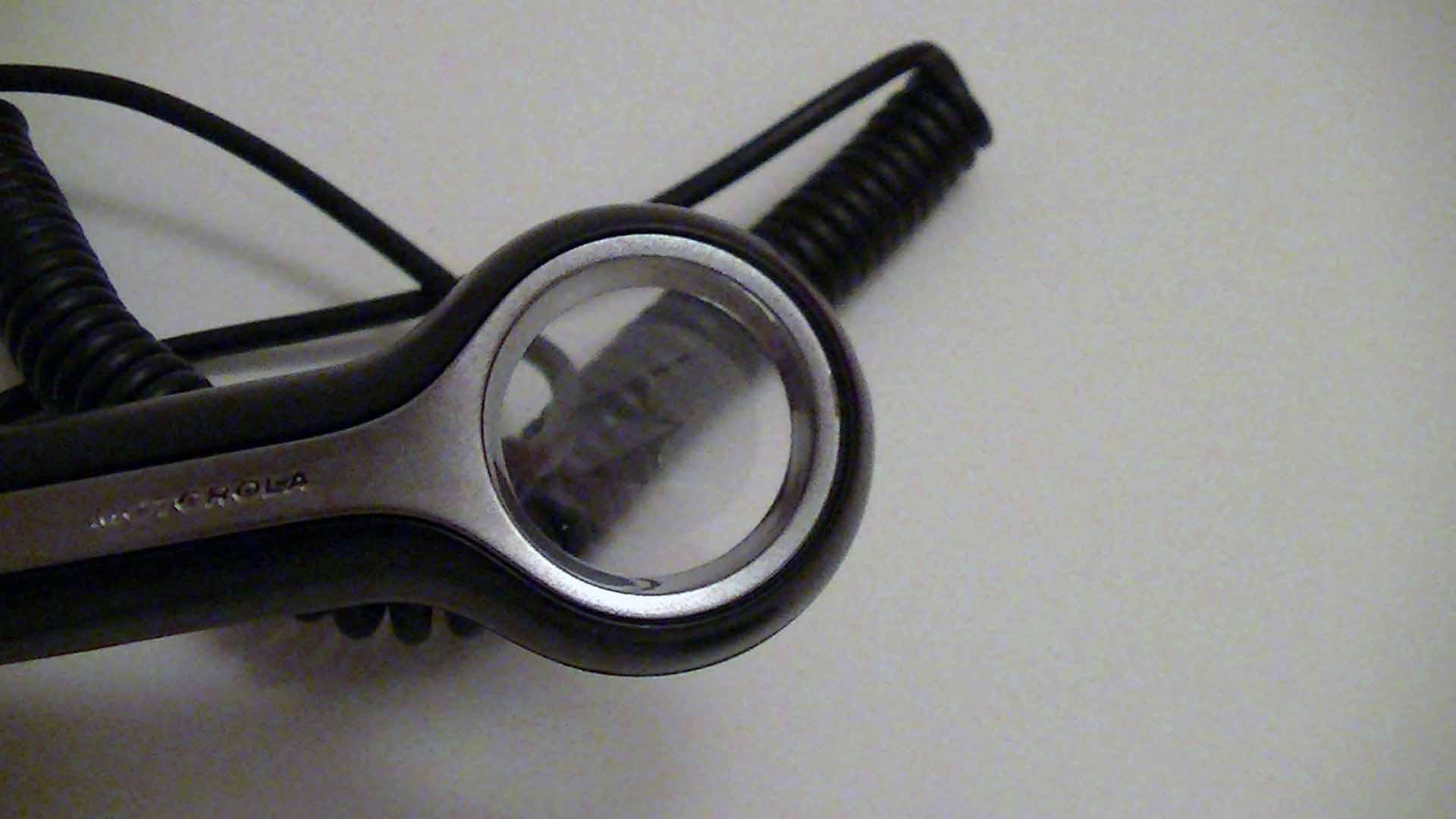 test du motorola t325 kit mains libres top for phone. Black Bedroom Furniture Sets. Home Design Ideas