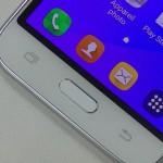 Test du Samsung Galaxy J1 2016 - vue 05