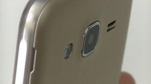 Test du Samsung Galaxy J3 2016 - vue 10