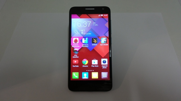 Test de l'Alcatel One Touch Idol 2 Mini S : un mobile 4G sympa