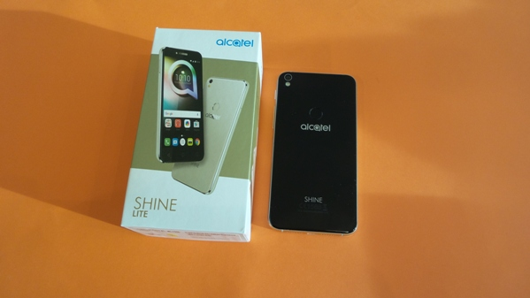 alcatel shine lite - vue 06