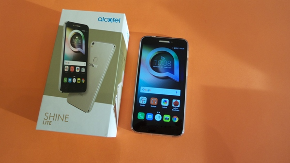 alcatel shine lite - vue 11
