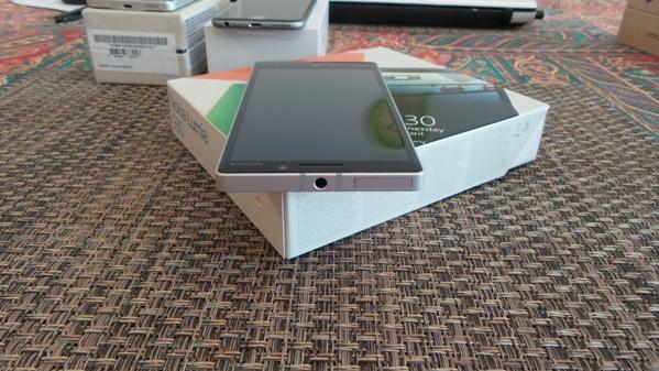 lumia 930 vs samsung galaxy alpha vs iphone 6 - vue 09