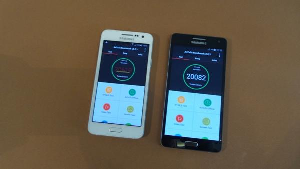 Test comparatif samsung galaxy a3 vs samsung galaxy a5 for Photo ecran galaxy a3