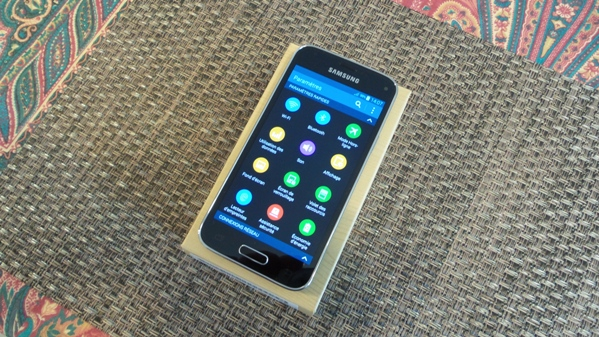 samsung galaxy s5 mini vs htc one mini 2 - vue 07