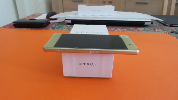 sony-xperia-x-vue-07