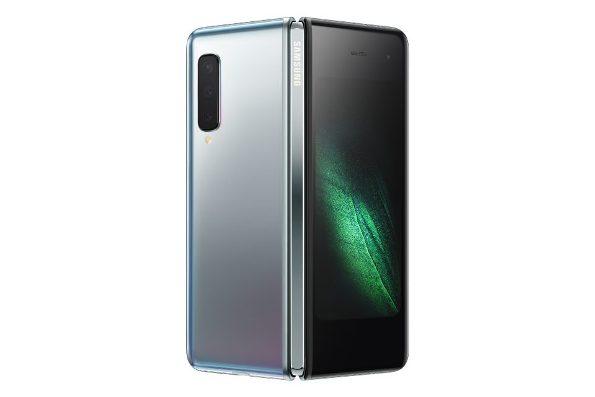 1Samsung-Galaxy-Fold_back