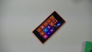 Nokia Lumia 735 - vue 02