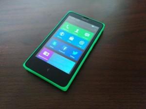 Nokia X - vue 02