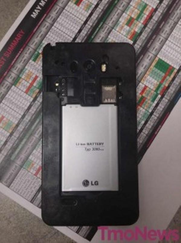lg-g3-battery-sd-card-235x314