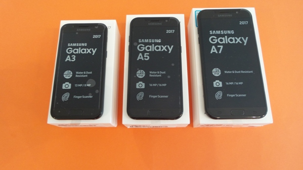 samsung galaxy a3 2017 vs a5 2017 vs a7 2017 - vue 01