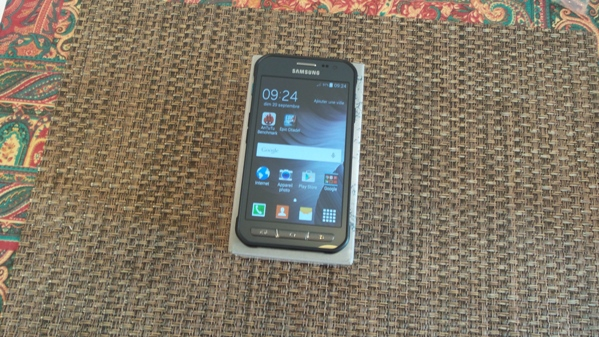 samsung galaxy xcover 3 - vue 09
